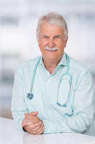 Dr Michael Rochel